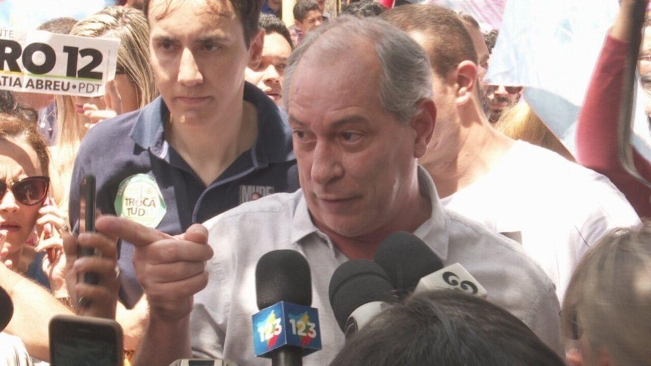 Ciro Gomes agride jornalista durante coletiva no Centro de Boa Vista no sábado (15).