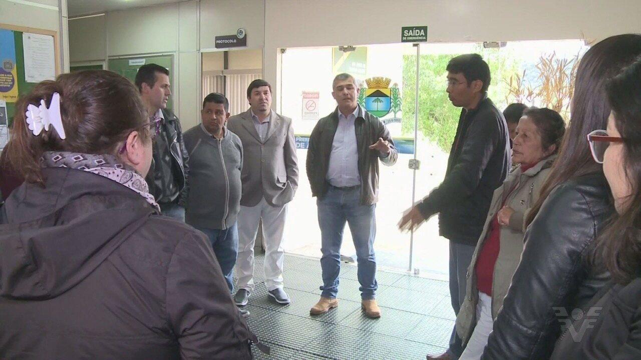 Servidores entram em greve por causa de salários atrasados em Apiaí