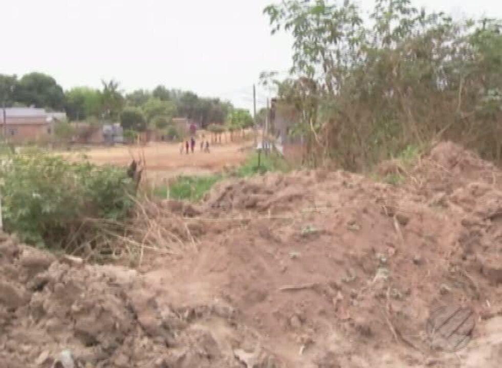 Moradores de Redenção denunciam situação de rua sem ponte na periferia da cidade