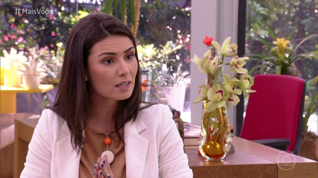 Nathalia Arcuri dá dicas para se livrar das dívidas e como investir o dinheiro