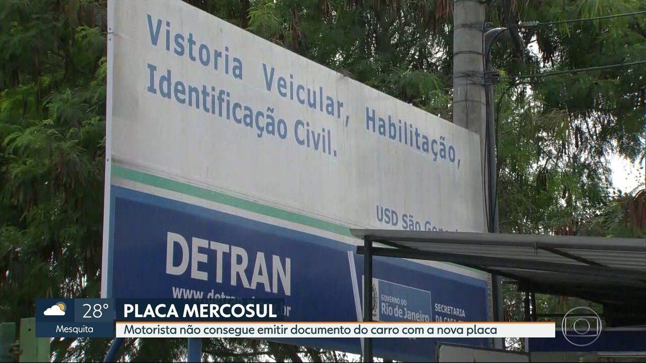 Motoristas encontram problemas para emitir nova placa no modelo Mercosul