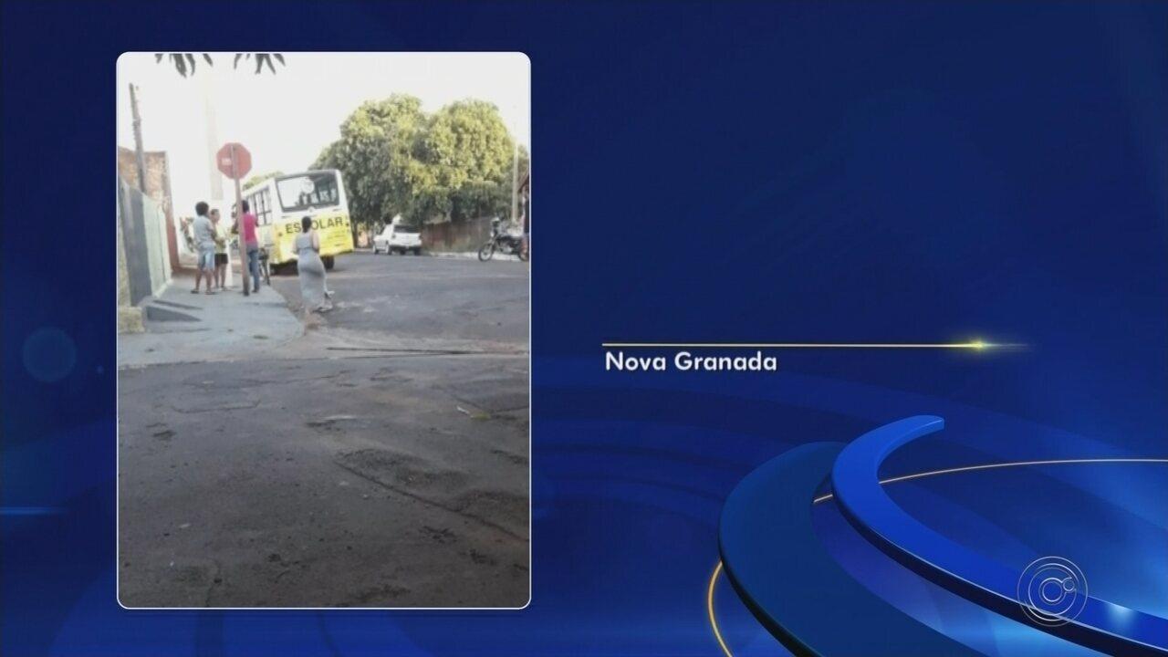 Menina morre após ser atropelada por ônibus escolar em Nova Granada