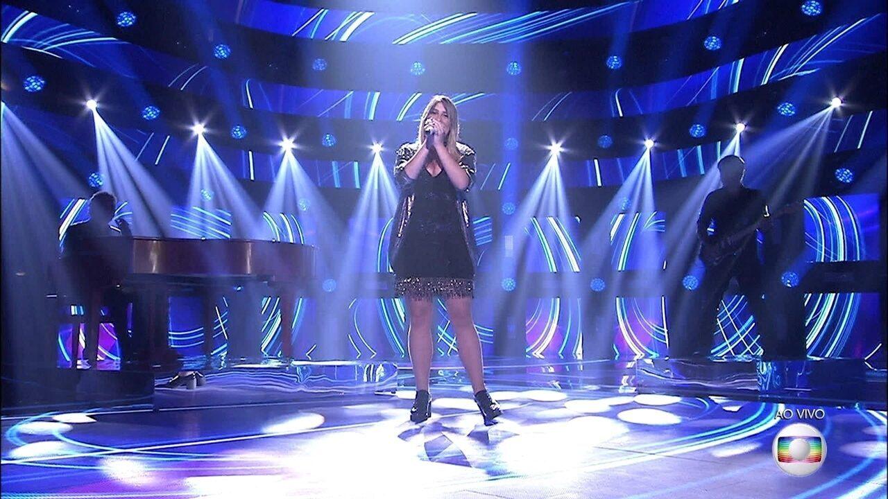 Isa Guerra canta