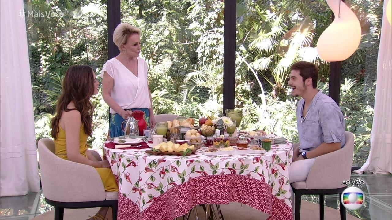 Nicolas Prattes e Juliana Paiva falam sobre o primeiro trabalho juntos na TV