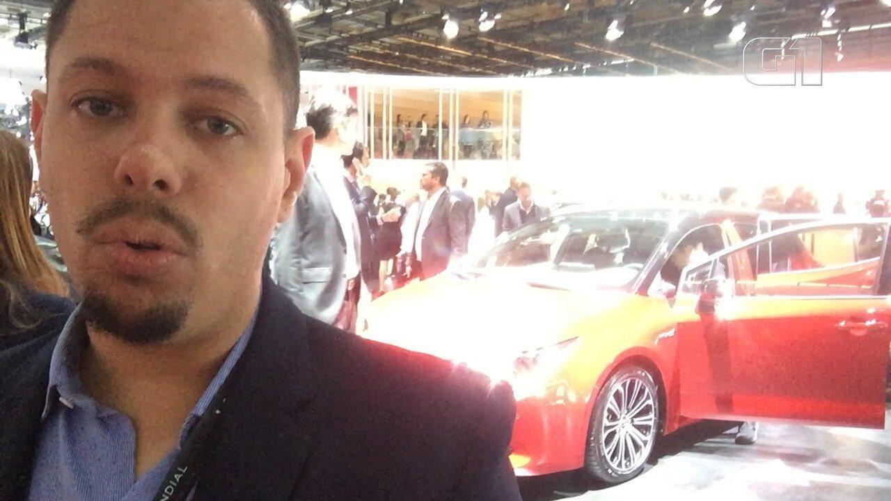 Novo Corolla hatch antecipa futuro sedã da Toyota