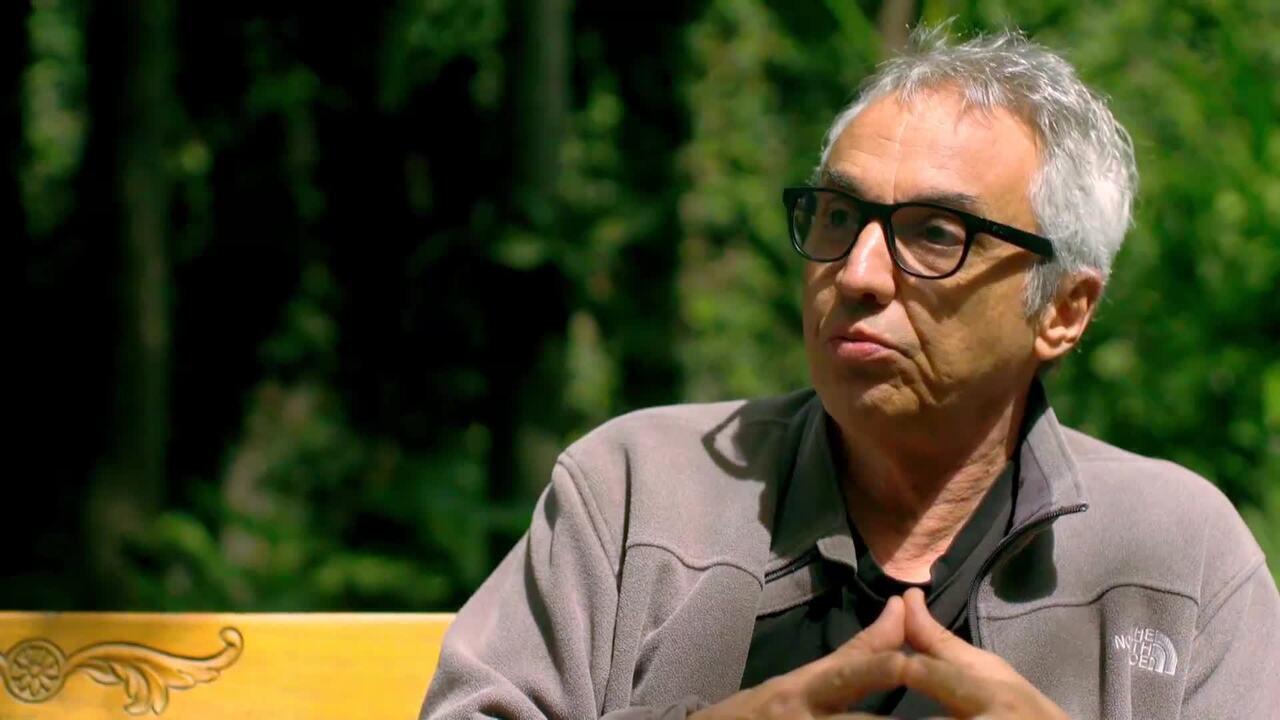 Claudio Paiva conta histórias da época do TV Pirata no Conversa com Bial