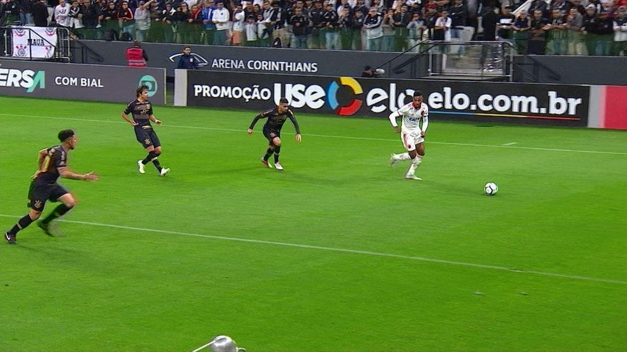 Melhores momentos: Corinthians 0 x 3 Flamengo pela 28ª rodada do Brasileirão