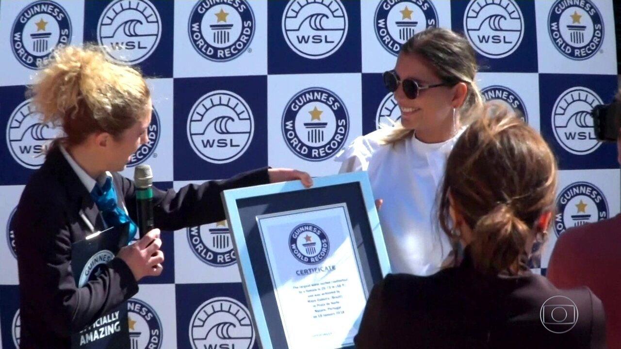 Maya Gabeira tem recorde de maior onda em sua volta a Nazaré reconhecido pelo Guiness