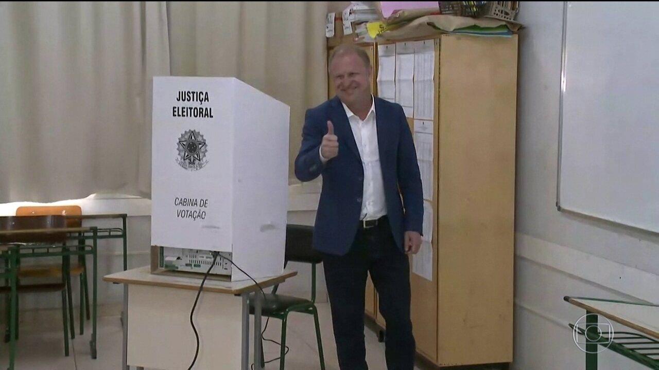 Gelson Merísio (PSD) e Comandante Moisés (PSL) vão disputar o segundo turno em SC