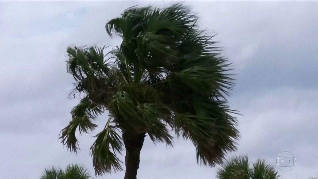 Após deixar 13 mortos na América Central, furacão Michael deve chegar à Flórida