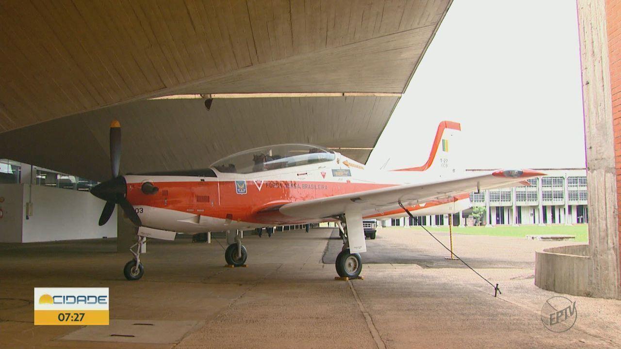 Primeiro avião para treinar cadetes da AFA vira tema de documentário