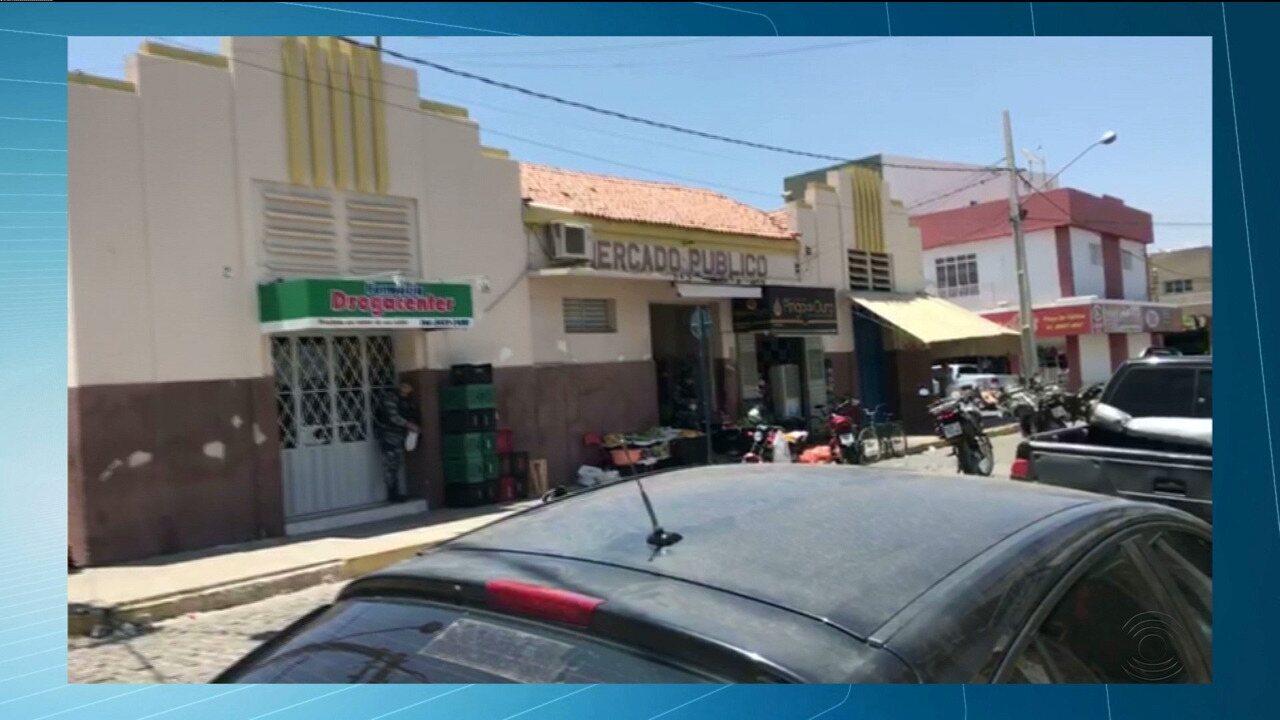 Assaltantes fazem reféns durante assalto em joalheria no Centro de Pombal