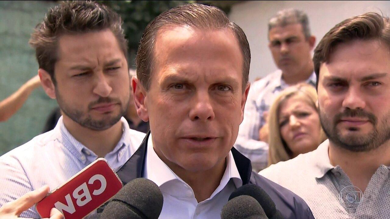 João Doria (PSDB) visita casa que atende jovens em situação de risco