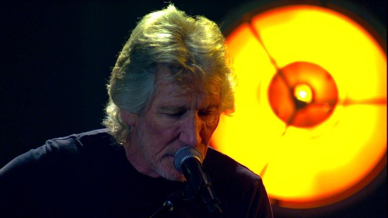 Roger Waters canta 'Wish You Were Here'