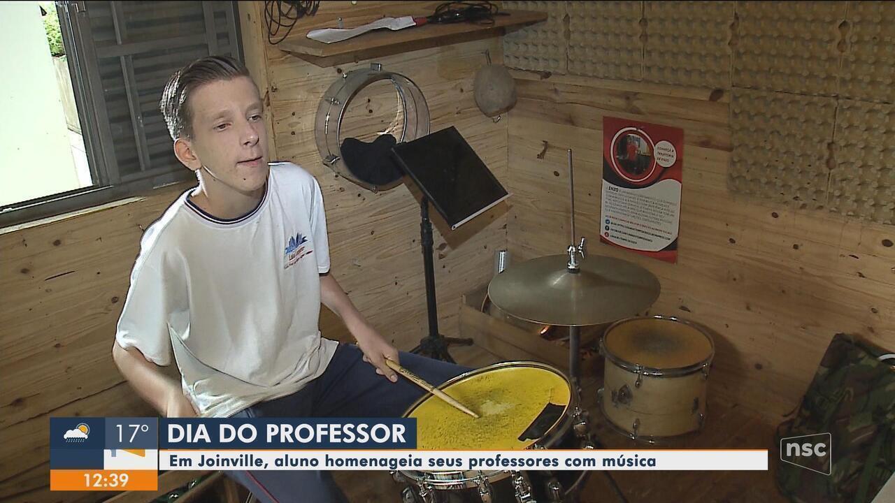 Em Joinville, aluno homenageia seus professores através da música
