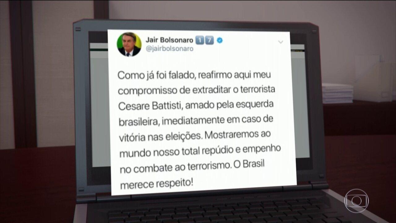Jair Bolsonaro faz campanha pelas redes sociais nesta terça-feira (16)