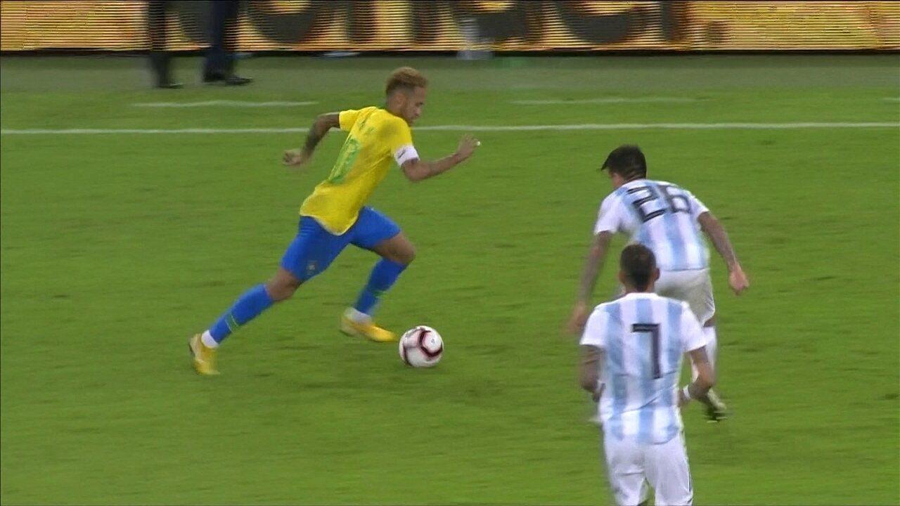 fb5c1ce5a1f3b Miranda se emociona com gol da vitória e dedica à esposa