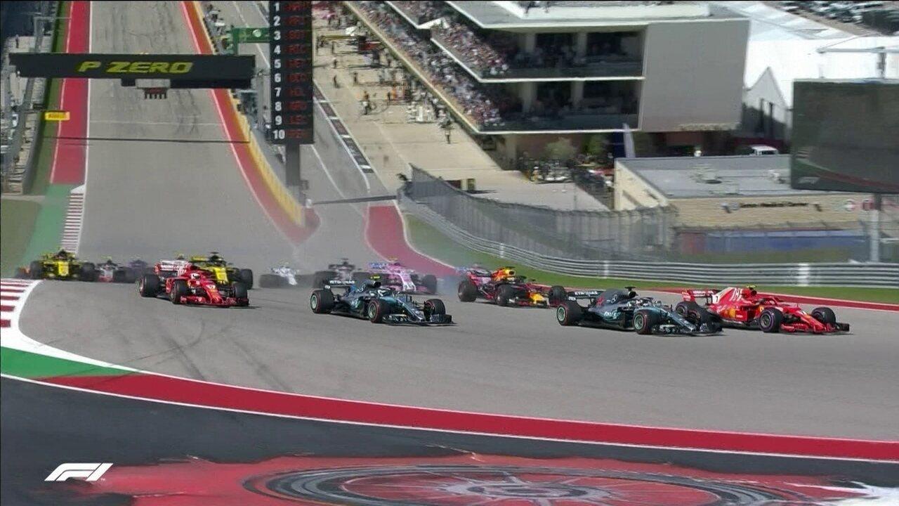 Raikkonen passa Hamilton na largada e Vettel roda, mas volta para a pista