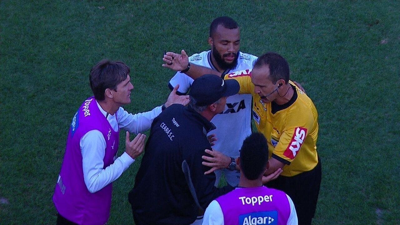 Expulso! Técnico Lisca é expulso depois de discussão com bando do Palmeiras aos 48 do 1º
