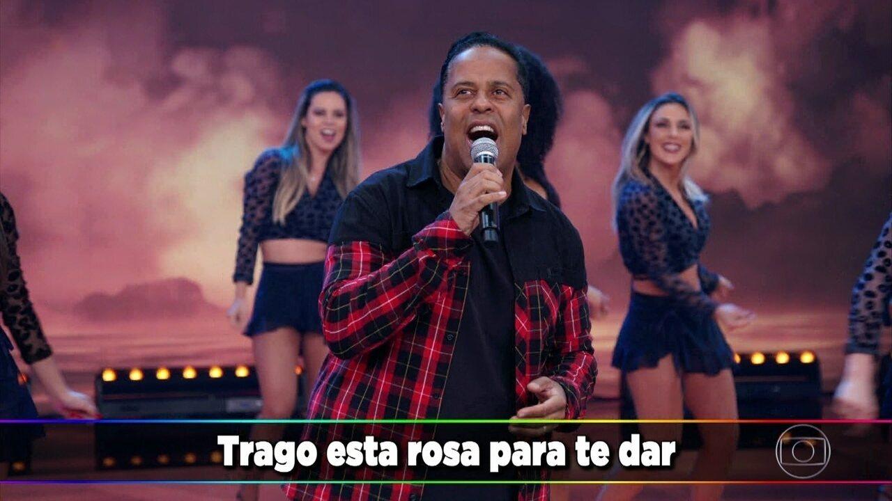 Lino Krizz canta