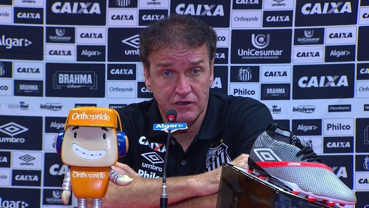 Veja a entrevista do técnico Cuca, do Santos, após empate com o Inter