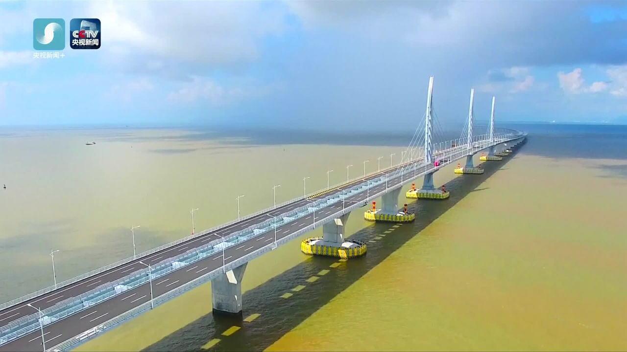 China inaugura maior ponte marítima do mundo, com 55km de extensão