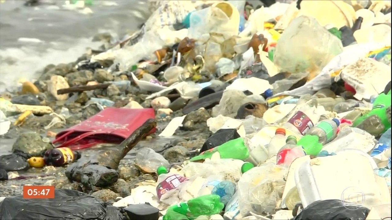 UE aprova proibição do uso de plástico descartáveis em todos os países do bloco