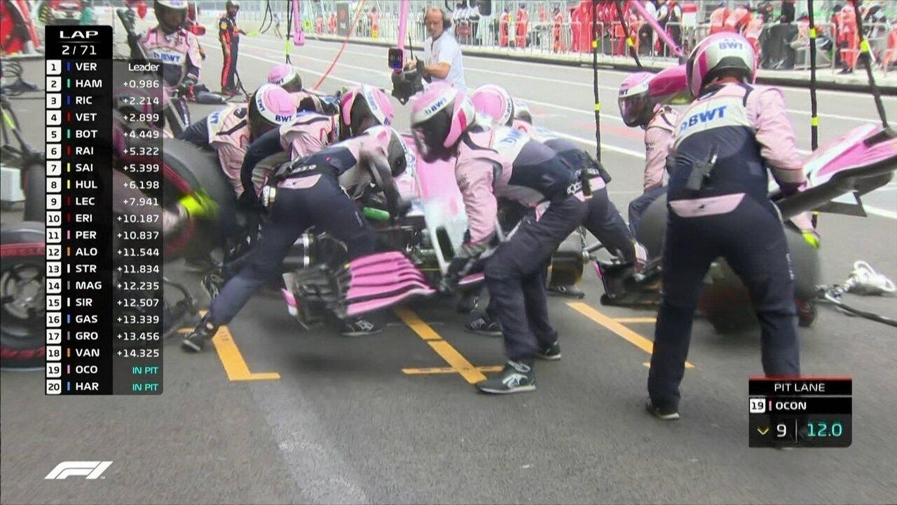 Ocon vai para os boxes trocar bico do carro durante GP do México