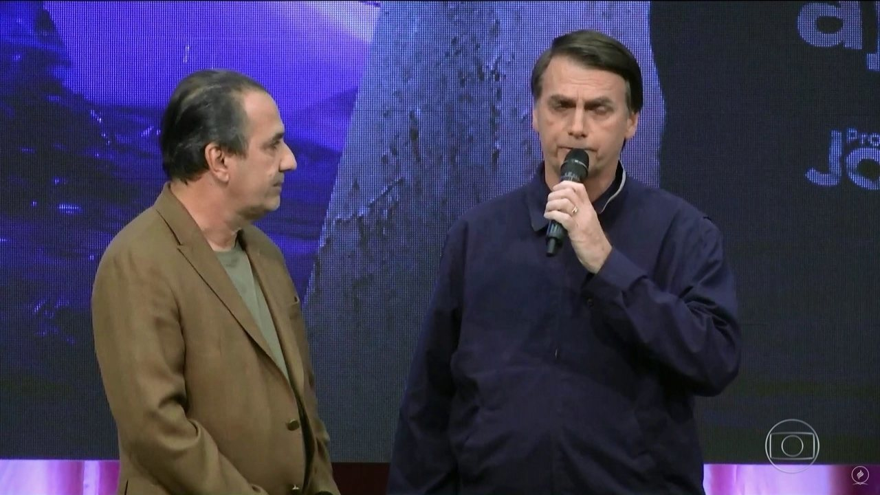 Resultado de imagem para Bolsonaro ao vivo na igreja que sou pastor.