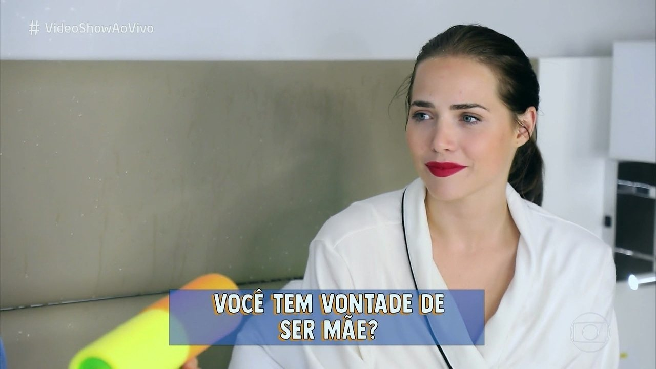 Letícia Colin revela ter vontade de ser mãe em papo com Matheus Mazzafera