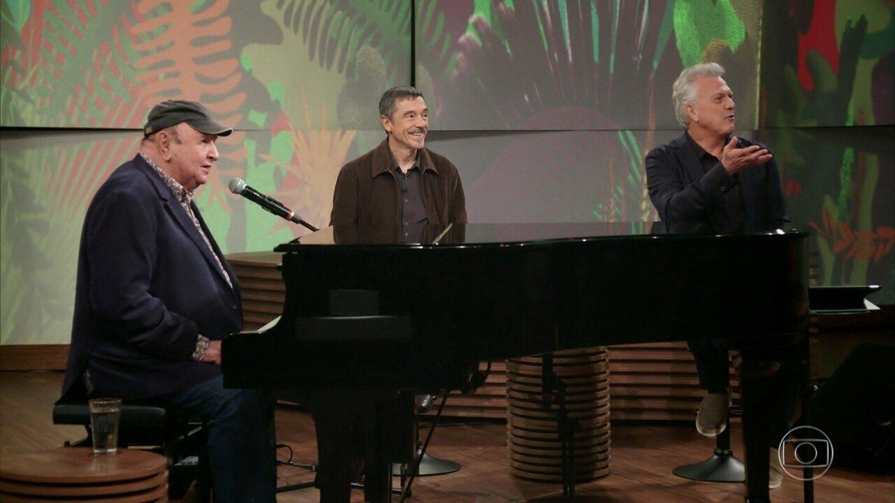 Pedro Bial apresenta Charles Gavin