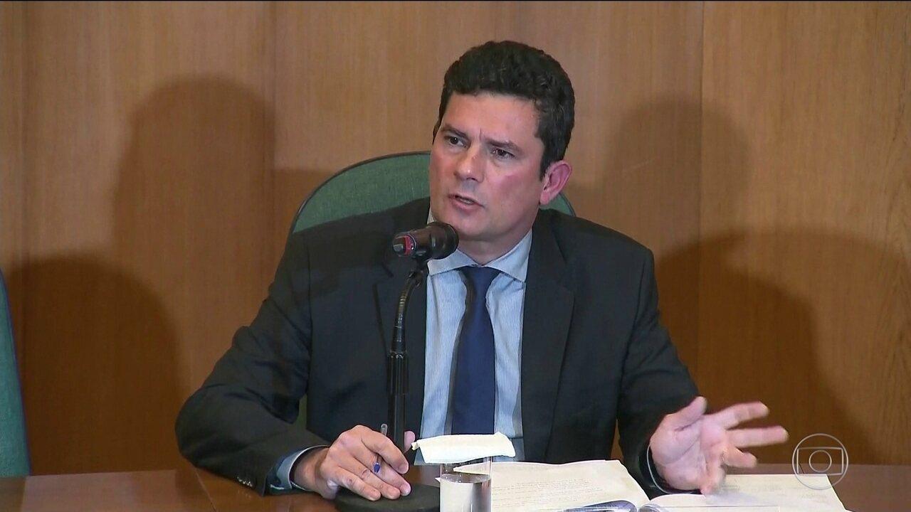 Moro fala sobre planos para combater a corrupção e o crime organizado
