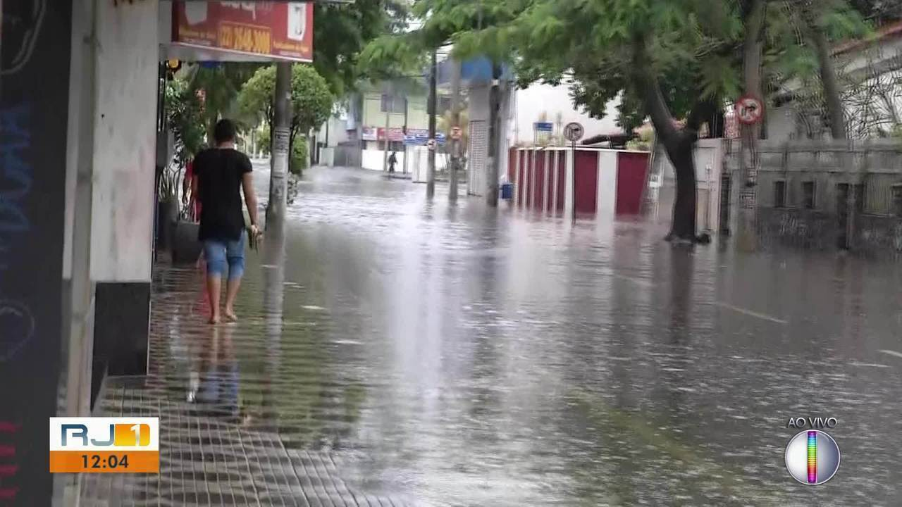 Macaé, RJ, decreta estado de calamidade e aulas na rede pública são suspensas