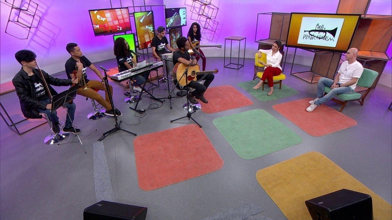 Associação ensina música a comunidades pobres - veja na íntegra