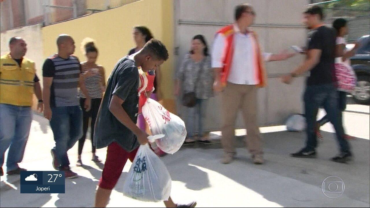 Ponto recebe doações em Niterói