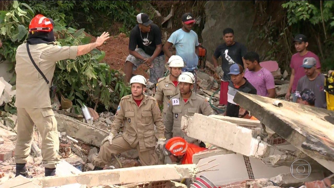Deslizamento em Niterói, no Rio de Janeiro, deixa 10 mortos e feridos