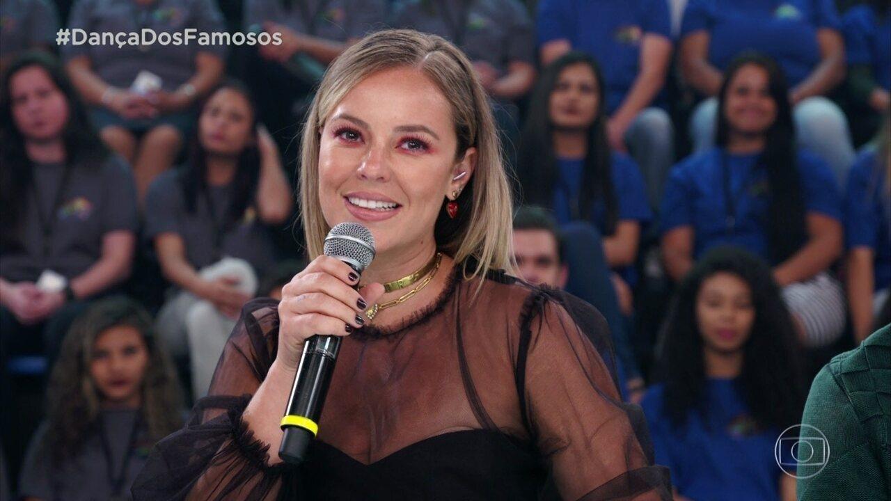 Paolla Oliveira elogia apresentação de Nando Rodrigues, mas faz pedido para o ator