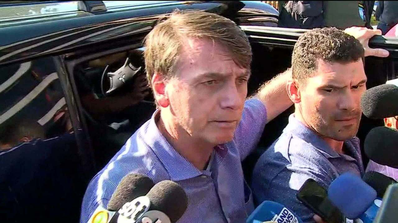 Bolsonaro diz que indicação de Joaquim Levy para o BNDES é de Paulo Guedes
