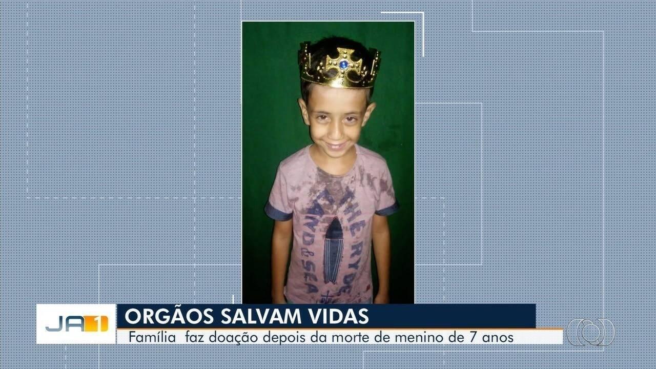 Corpo de menino que morreu após disparo acidental é velado em São Patrício