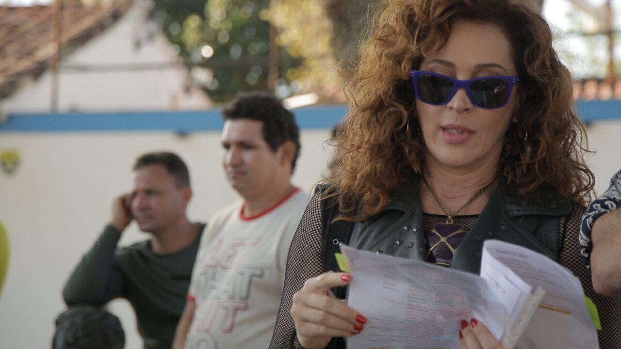 Claudia Raia nos bastidores de 'Verão 90'