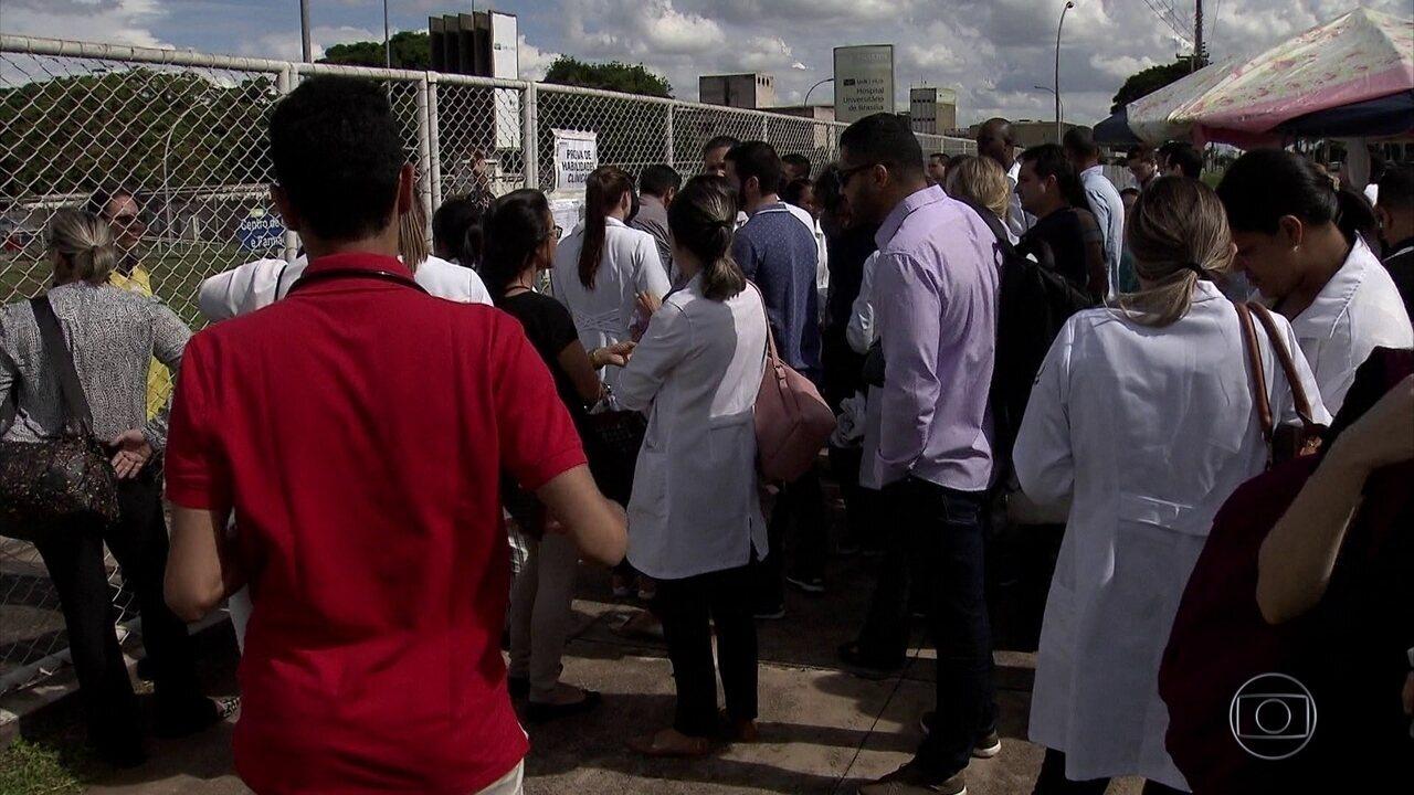 FANTÁSTICO - Mais de 900 médicos fizeram a segunda etapa do exame Revalida