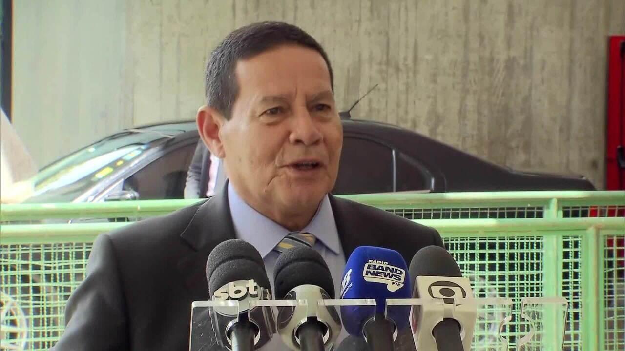 Mourão sobre médicos cubanos: 'Acho que metade não volta'