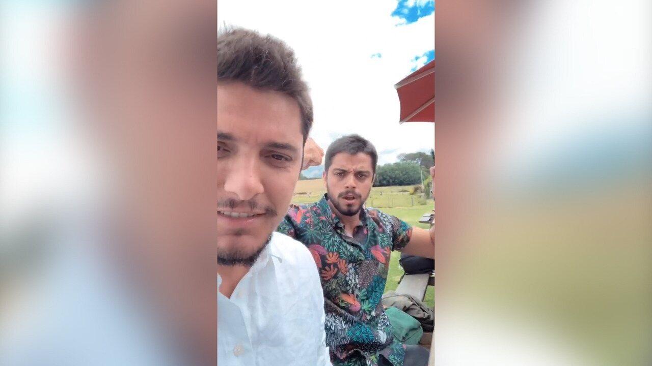 Na África do Sul, Bruno Gissoni e Rodrigo Simas visitam vinícola e se divertem / Reprodução das redes sociais