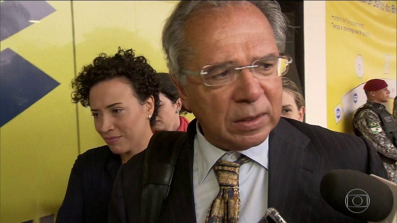 Paulo Guedes afirma que não há previsão de aumento de impostos