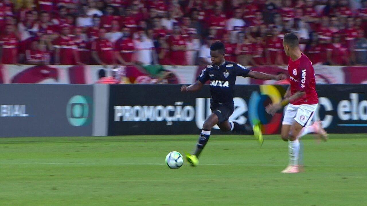 Melhores momentos de Internacional 1 x 2 Atlético-MG pela 36ª rodada do Brasileirão