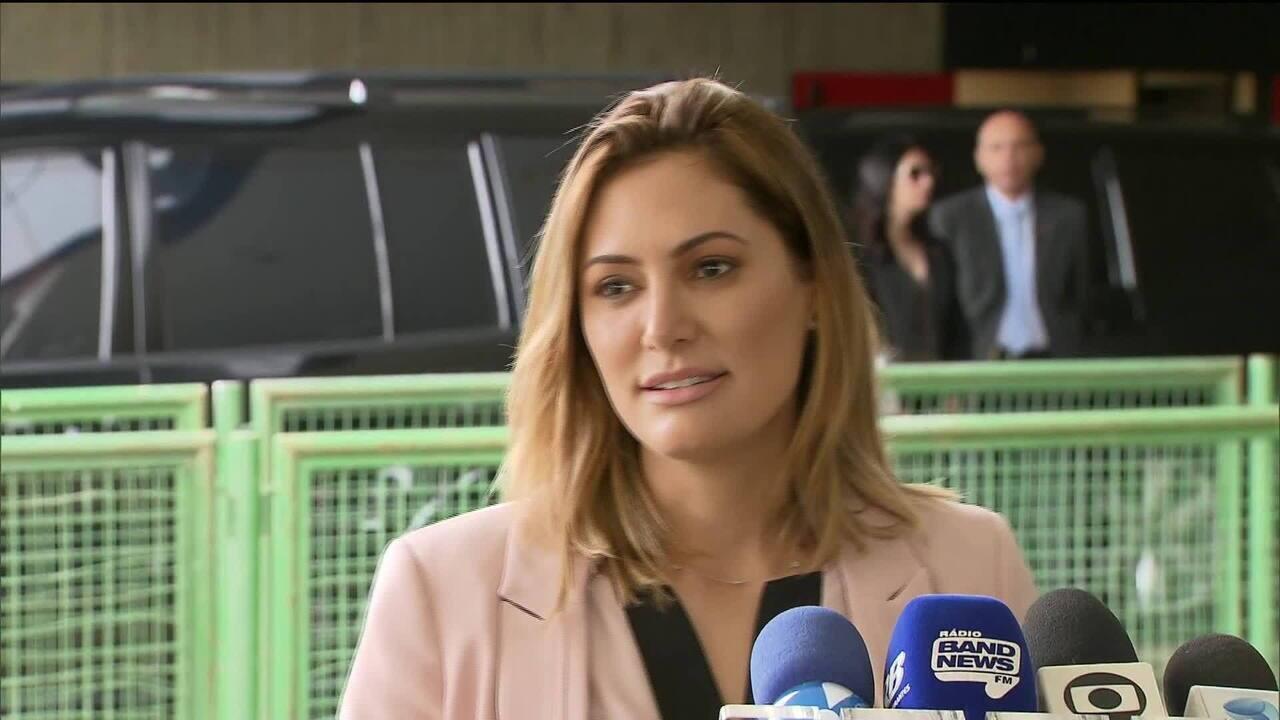 Michelle Bolsonaro se encontra com Marcela Temer