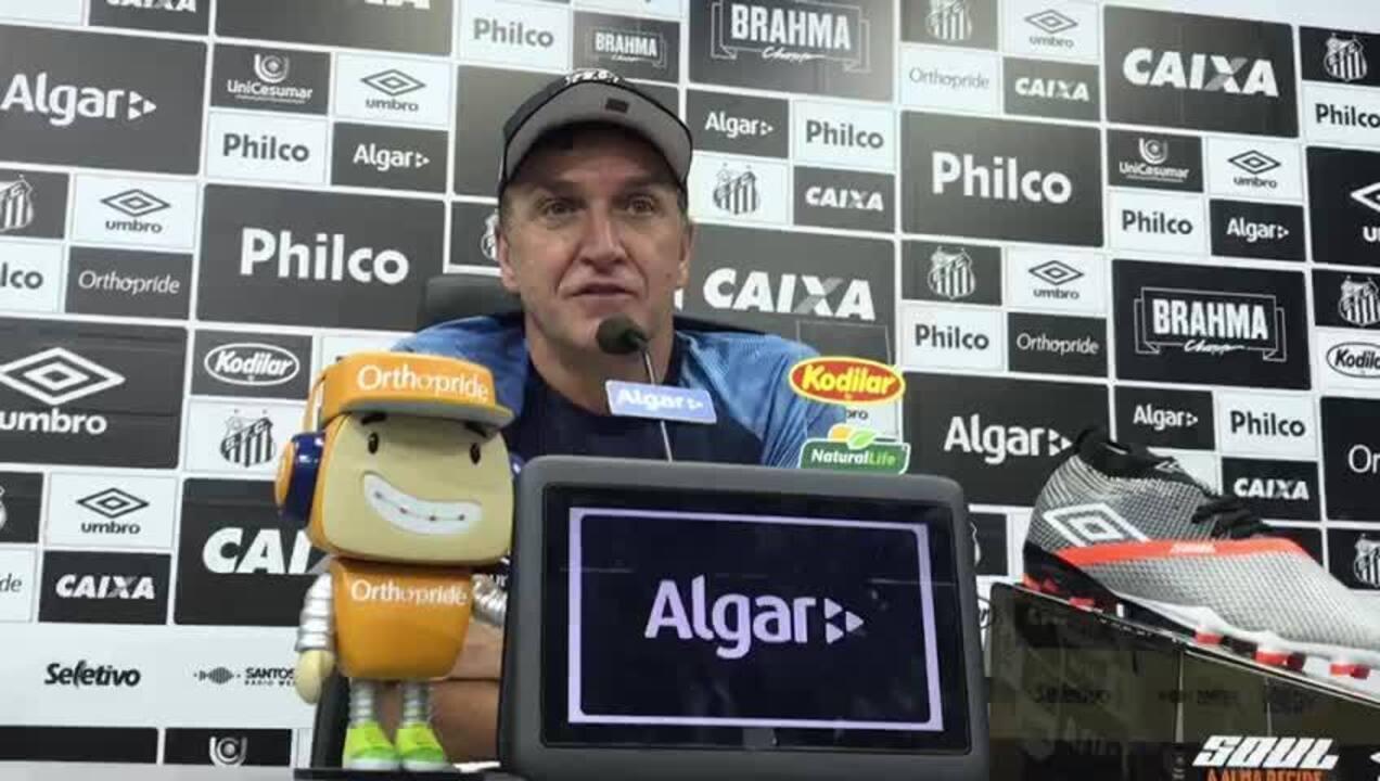 """Cuca fala sobre sua situação no Santos e explica necessidade de fazer um """"pit stop"""""""