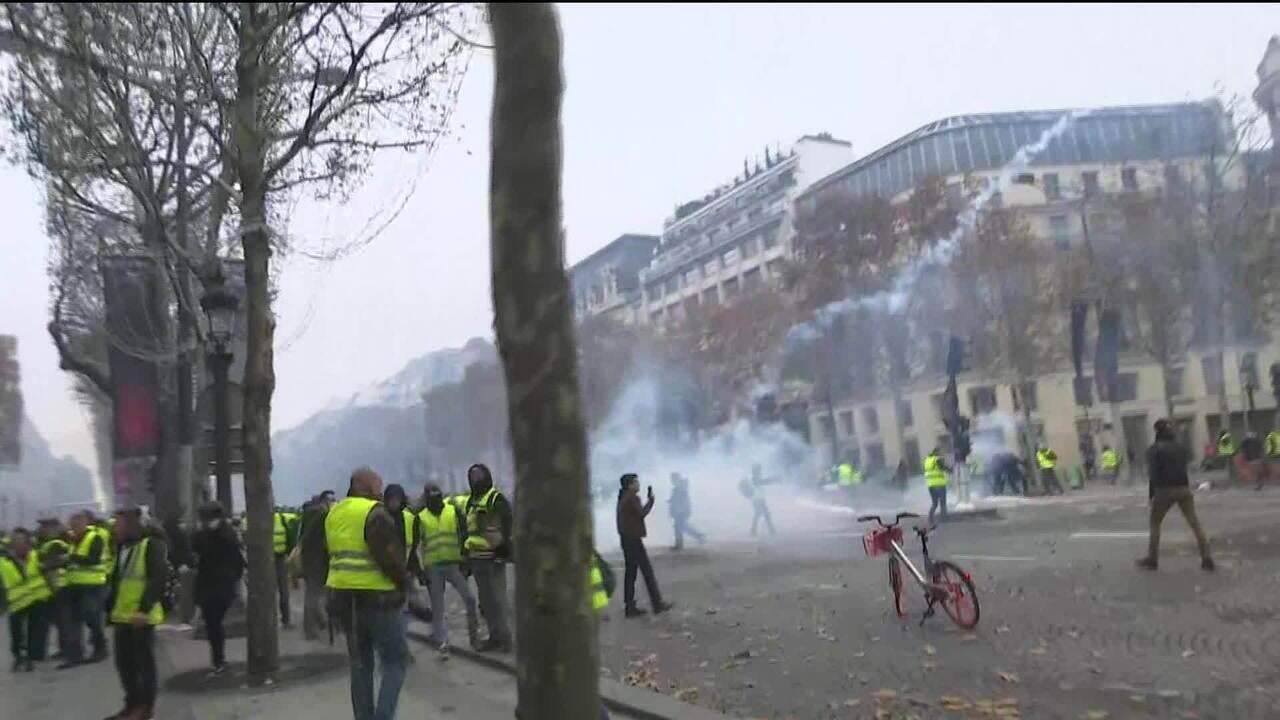 Franceses protestam contra governo de Emmanuel Macron
