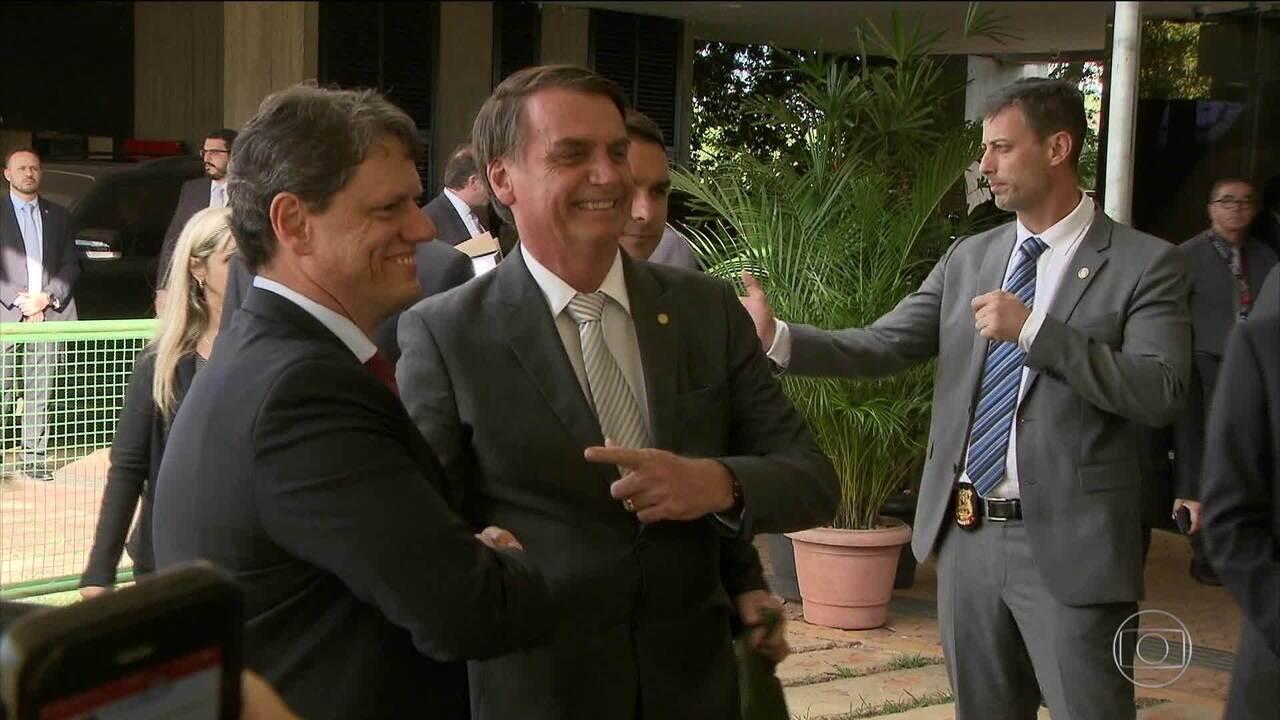 Bolsonaro anuncia ex-diretor do Dnit para ministro da Infraestrutura