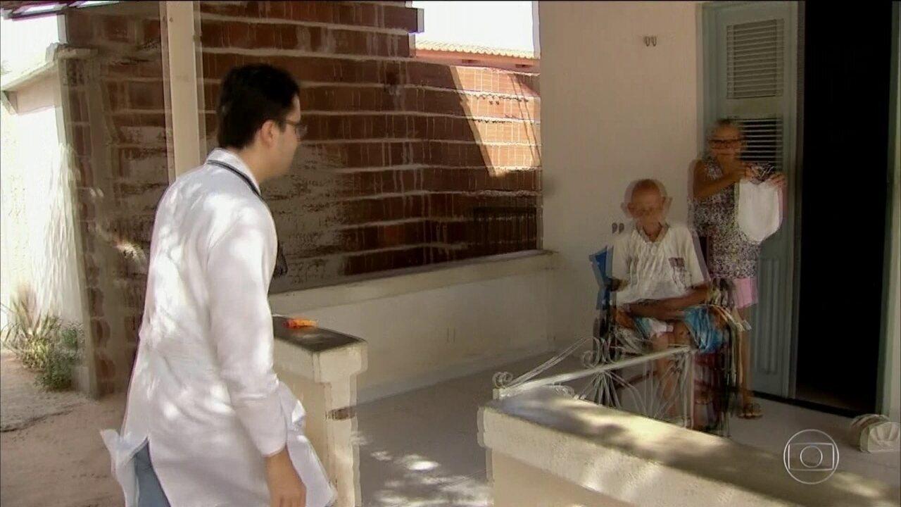 No CE, médicos se voluntariam para atender em cidades que ficaram sem os cubanos